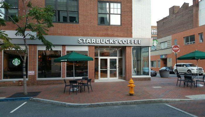 Starbucks wilmington de construction
